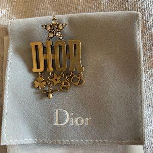 Dio(r) evolution brooch